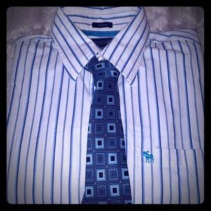 Abercrombie &Fitch,VanHeusen Shirts - 🏷️Mens Dress Shirt🏷️